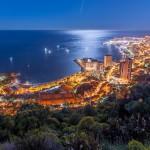 Vue sur Monaco de nuit
